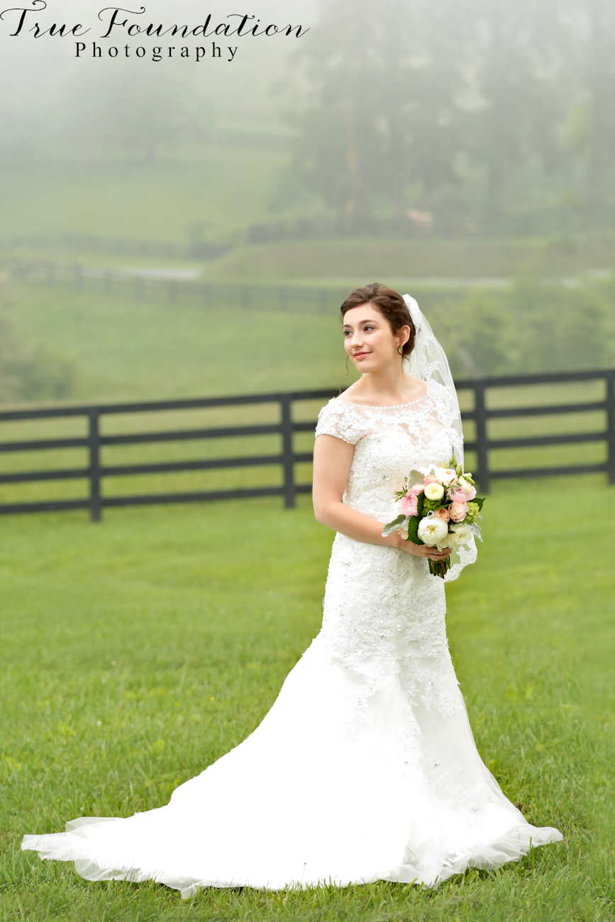 Hendersonville-NC-Wedding-Photography-Grand-highlands-bearwallow