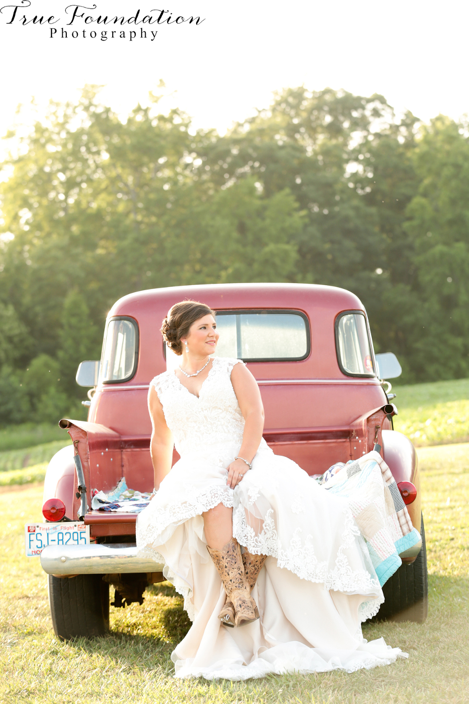 Bridal - Portrait - Photography - Photos - Hendersonville - NC - Shelby - Photographers - Farm - Country - Pinterest - Bride (38)