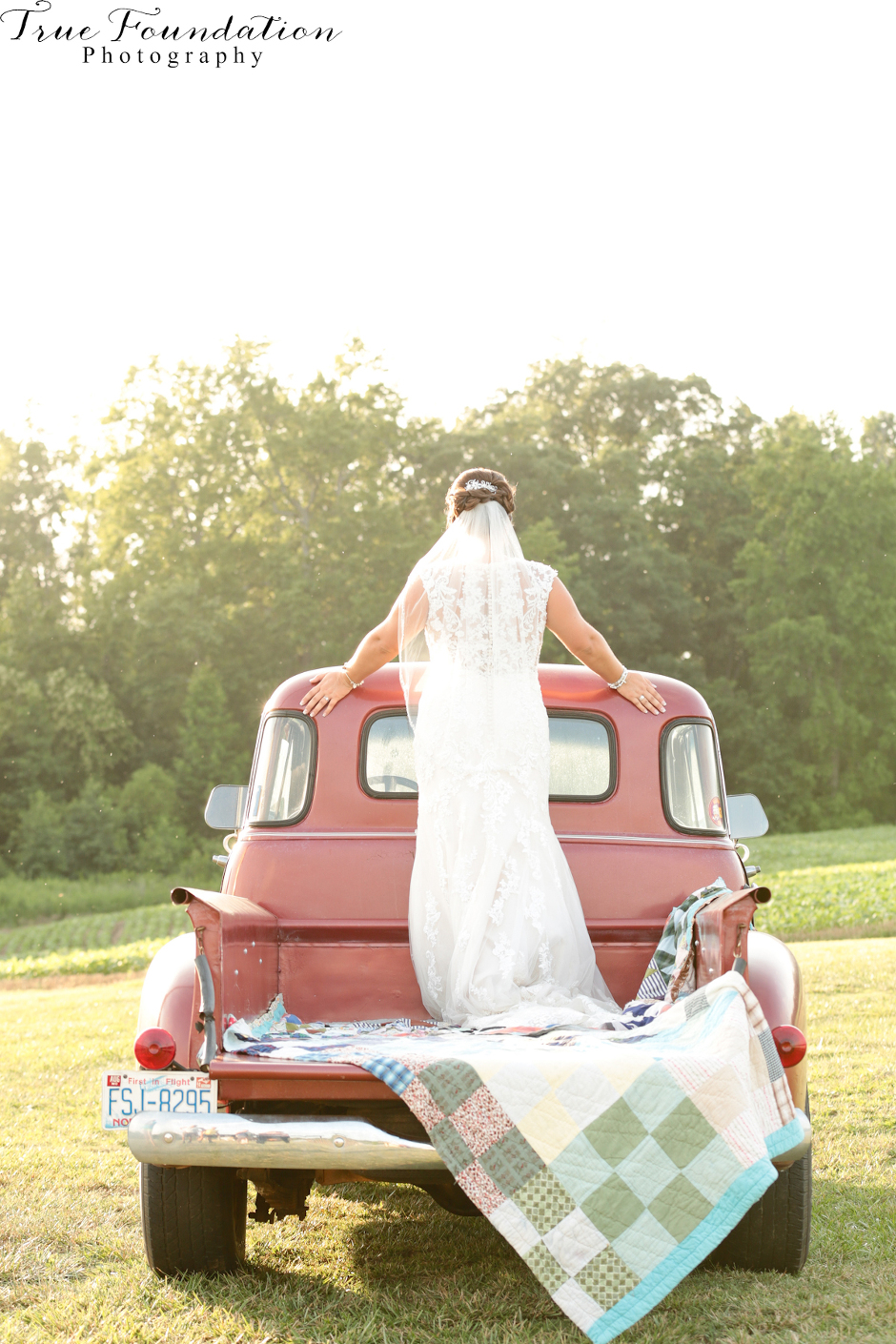 Bridal - Portrait - Photography - Photos - Hendersonville - NC - Shelby - Photographers - Farm - Country - Pinterest - Bride (40)