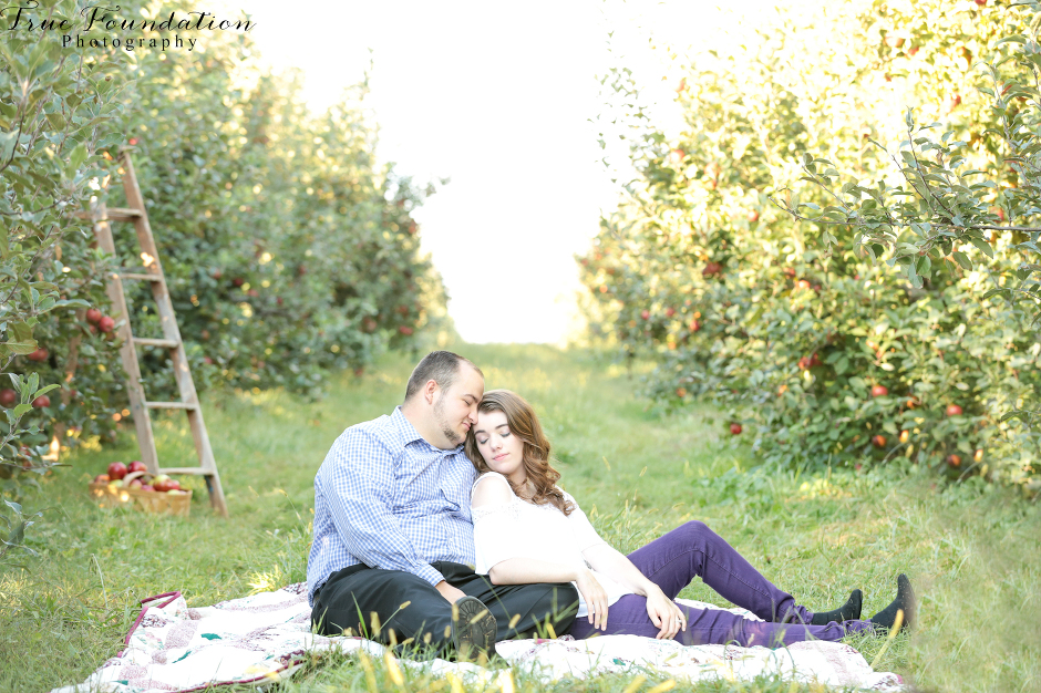 engagement-photographer-wedding-photography-hendersonville-nc-apple-picking-photos-26