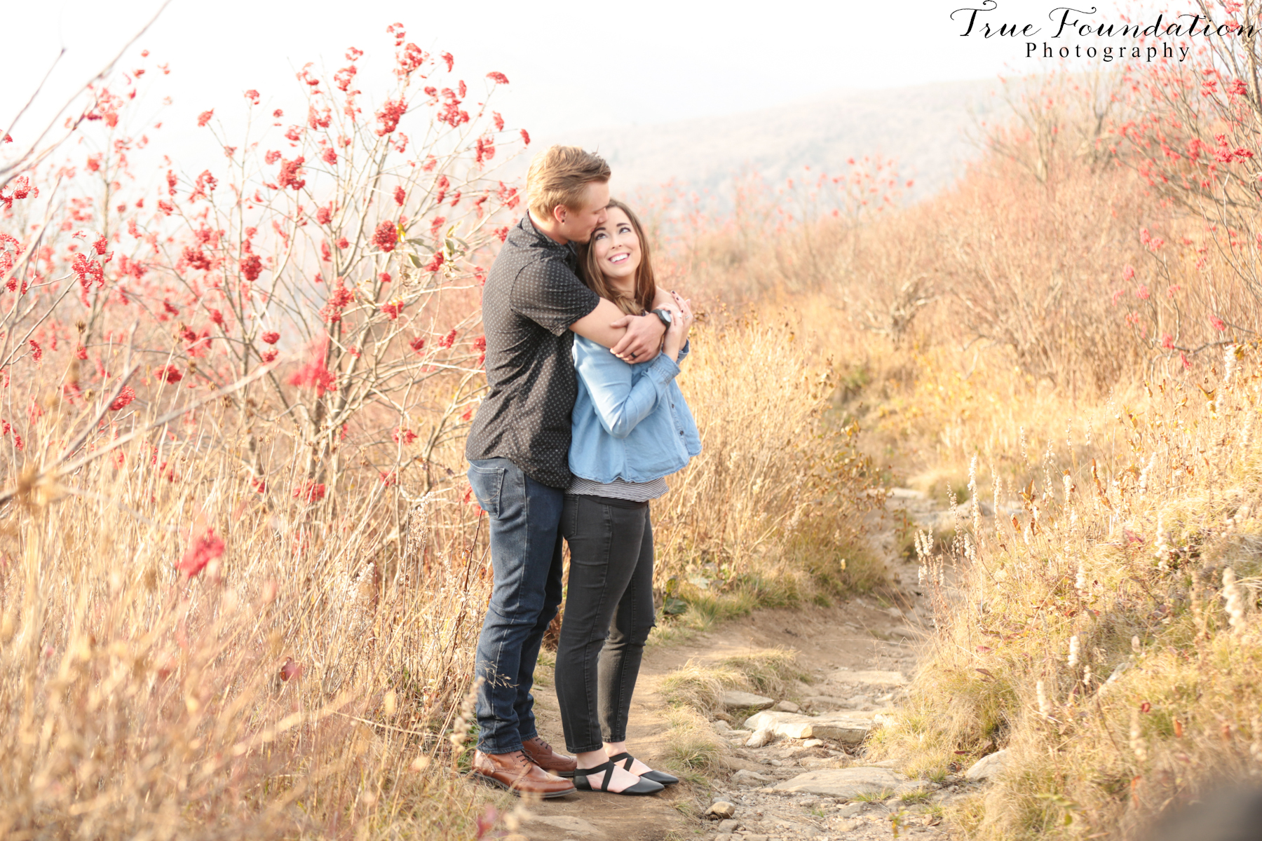 Black Balsam Knob Nc Photographer Wedding Engagement Photography Photos Asheville Hendersonville Mountain Anniversary Couple Hiking 35